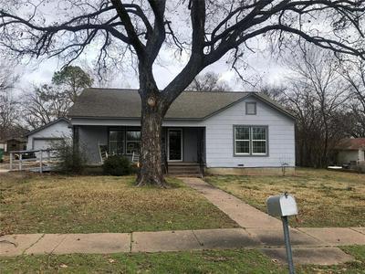 203 W NELSON ST, BOWIE, TX 76230 - Photo 1