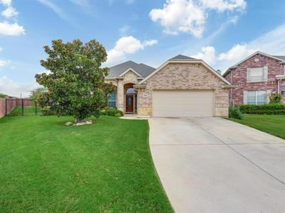 8768 REGAL ROYALE DR, Fort Worth, TX 76108 - Photo 1