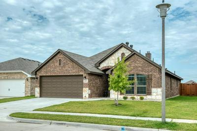 2564 HADLEY ST, Weatherford, TX 76087 - Photo 1