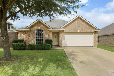 910 REMINGTON RANCH RD, Mansfield, TX 76063 - Photo 1