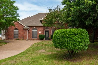 2307 ERIC LN, Mansfield, TX 76063 - Photo 2
