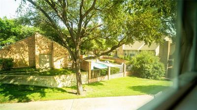 8311 COPPERTOWNE CT, Dallas, TX 75243 - Photo 2