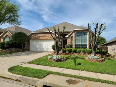 209 CREPE MYRTLE DR, EULESS, TX 76039 - Photo 1