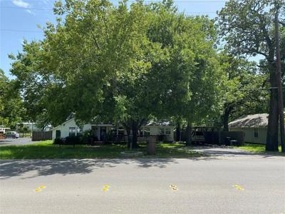 1412 E BANKHEAD DR, Weatherford, TX 76086 - Photo 1