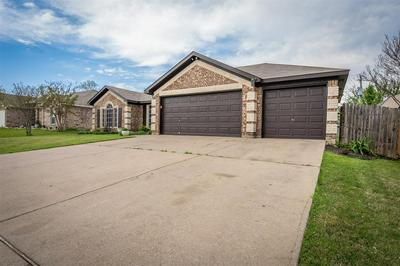 504 BARBARA JEAN LN, BURLESON, TX 76028 - Photo 2