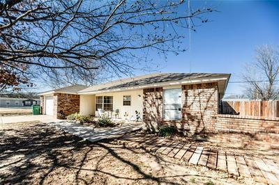 310 W CEDAR ST, Nocona, TX 76255 - Photo 2