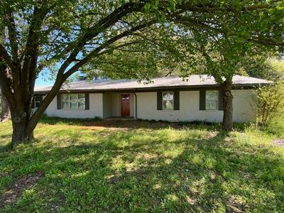 434 DAVIS ST, FAIRFIELD, TX 75840 - Photo 1