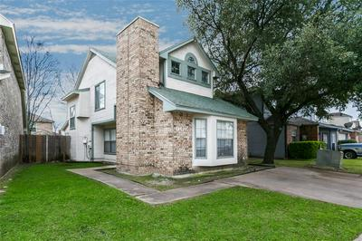 906 FAIRBANKS CIR, DUNCANVILLE, TX 75137 - Photo 1