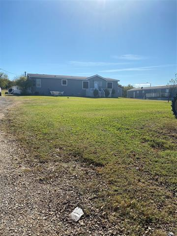 504 SUNNY DR, Southmayd, TX 75092 - Photo 1