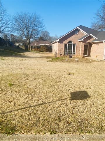 618 WILLIAM DR, Lindale, TX 75771 - Photo 2