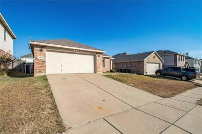 9808 BRAGG RD, Fort Worth, TX 76177 - Photo 2