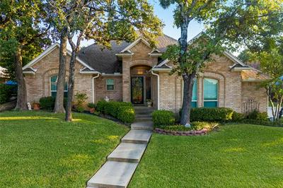 5312 HIDDEN TRAILS DR, Arlington, TX 76017 - Photo 2