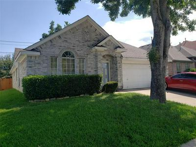 912 BLOSSOMWOOD CT, Arlington, TX 76017 - Photo 1