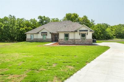 870 SOUTHGATE CT, Farmersville, TX 75442 - Photo 2