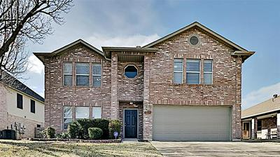 3117 LONGBOW DR, Grand Prairie, TX 75052 - Photo 1