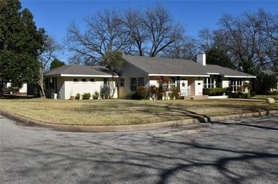 604 W 14TH ST, BRADY, TX 76825 - Photo 2