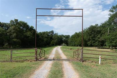3151 COUNTY ROAD 1083, Celeste, TX 75423 - Photo 2
