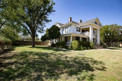 444 NW AVENUE A, Hamlin, TX 79520 - Photo 2