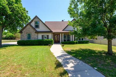 201 WILLIAM ALLEN LN, Decatur, TX 76234 - Photo 1