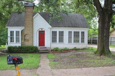 810 N MAIN ST, Winnsboro, TX 75494 - Photo 1