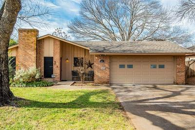 207 S HORNE ST, Duncanville, TX 75116 - Photo 1