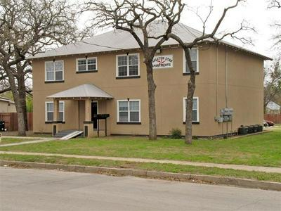 940 W TARLETON ST, STEPHENVILLE, TX 76401 - Photo 1