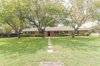 7408 WILLOW OAK LN, Arlington, TX 76001 - Photo 2