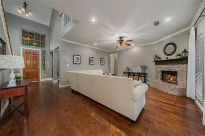 2823 MAYFAIR LN, McKinney, TX 75071 - Photo 2