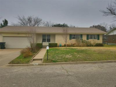 902 S AVENUE M, CLIFTON, TX 76634 - Photo 1