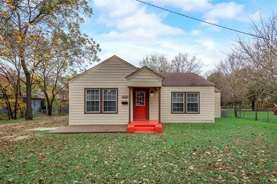 705 N KAUFMAN ST, Seagoville, TX 75159 - Photo 1