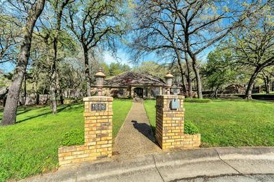 1606 WILTSHIRE CT, KELLER, TX 76262 - Photo 2