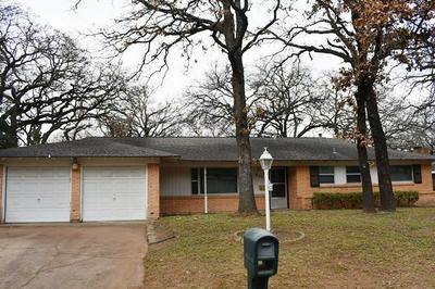 612 HILLVIEW DR, Hurst, TX 76054 - Photo 1