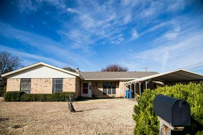 10 COUNTRY CV, ALBANY, TX 76430 - Photo 1