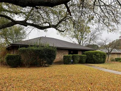 738 HILL TERRACE DR, Duncanville, TX 75116 - Photo 2