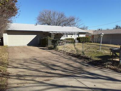338 WISHING STAR DR, Duncanville, TX 75116 - Photo 2