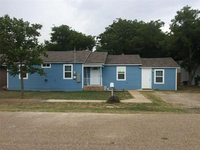 1032 S MADISON ST, McGregor, TX 76657 - Photo 1