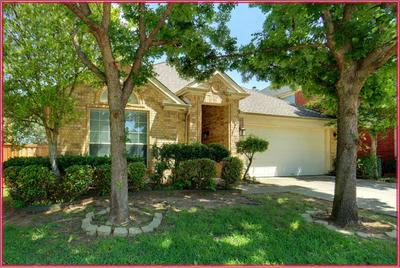 3012 MANOR GREEN BLVD, Euless, TX 76039 - Photo 2