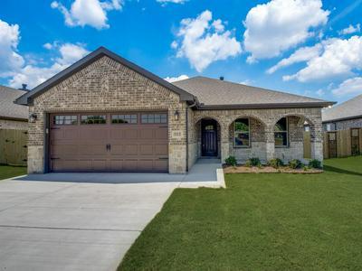 512 PATHFINDER, Collinsville, TX 76233 - Photo 1