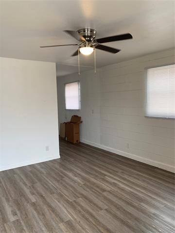 826 N TREADAWAY BLVD APT B, Abilene, TX 79601 - Photo 2