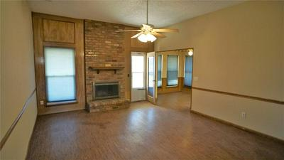 2901 N AVE, PLANO, TX 75074 - Photo 2
