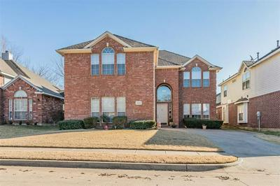 3648 BLUE SPRUCE DR, Fort Worth, TX 76040 - Photo 1