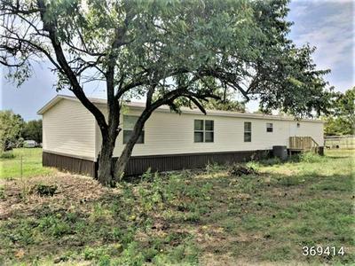 8358 BAY DR, Quinlan, TX 75474 - Photo 2