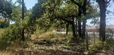 408 E STARK RD, Seagoville, TX 75159 - Photo 1