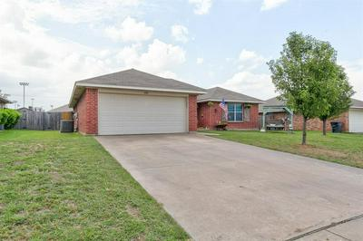 1632 TURTLEDOVE DR, Cleburne, TX 76033 - Photo 2