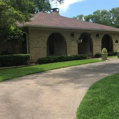 1101 EDGEWOOD DR, Greenville, TX 75402 - Photo 2