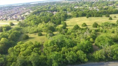 1651 W WINTERGREEN RD, Lancaster, TX 75134 - Photo 2