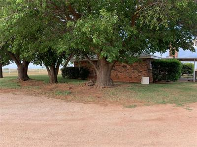 118 COUNTY ROAD 426, Sweetwater, TX 79556 - Photo 2