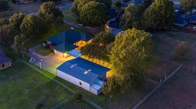 2502 LAKE RIDGE RD, Glenn Heights, TX 75154 - Photo 1