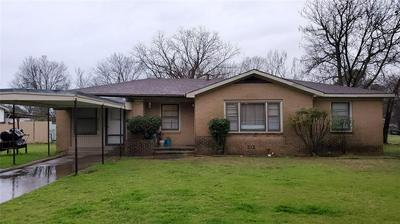 1510 VINE ST, BRIDGEPORT, TX 76426 - Photo 1
