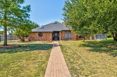 815 SHADY CREEK DR, Kennedale, TX 76060 - Photo 1